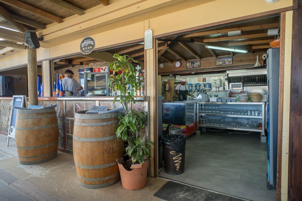 Entrada Restaurante La Tasca