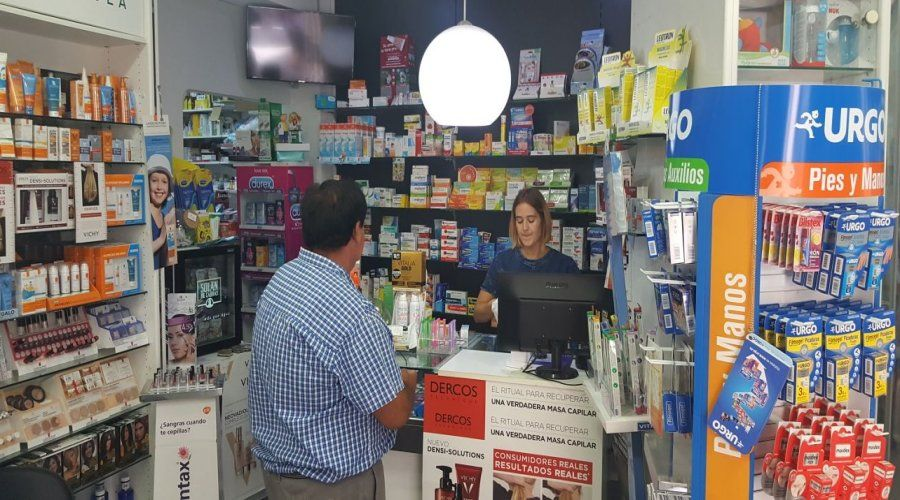 Atención Farmaceútica: Servicios de Farmacia Salado Luque