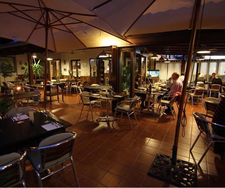 Interior de nuestro restaurante en Menorca
