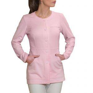 Batas y túnicas confeccionadas con tejidos resistentes