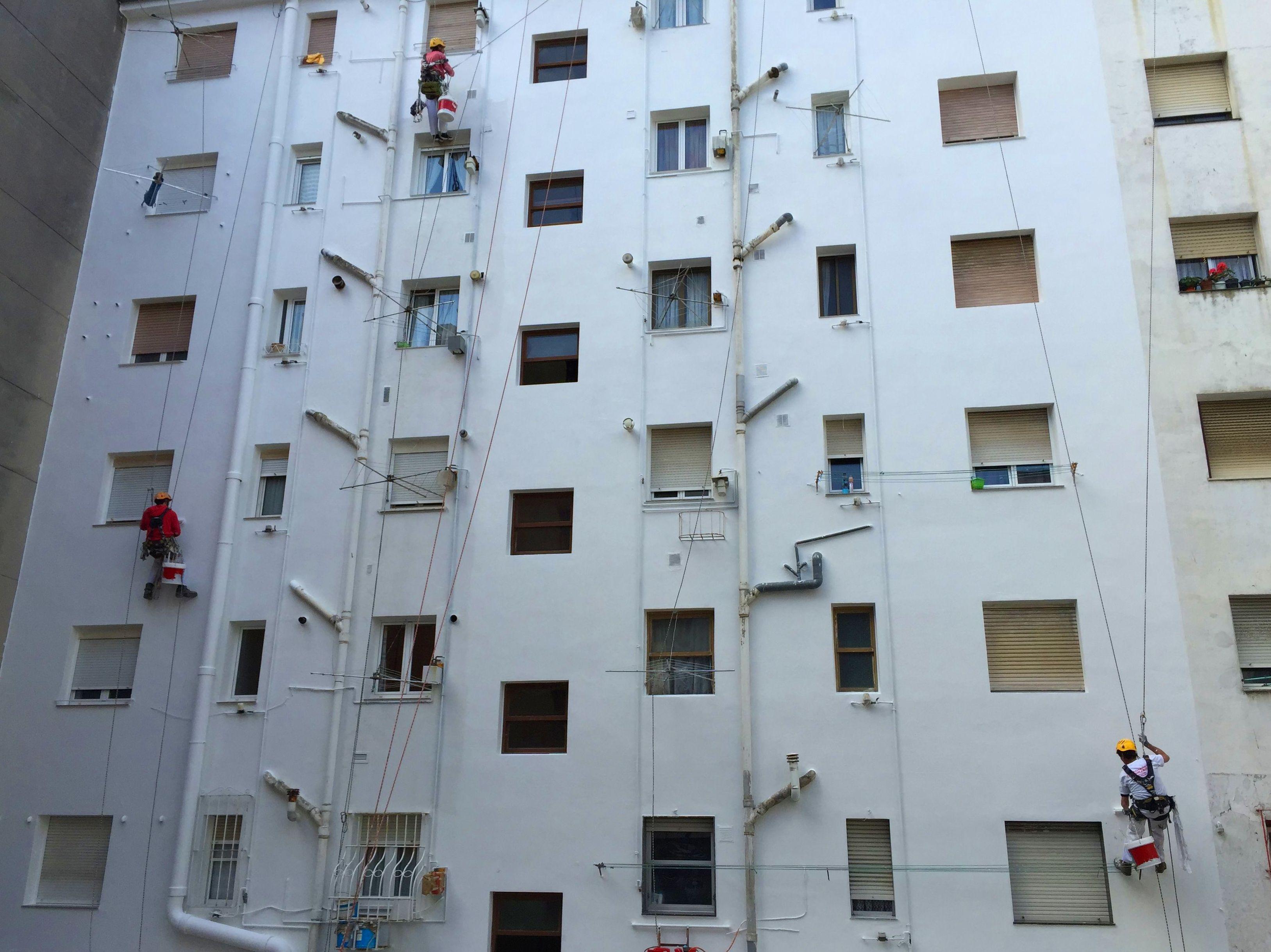 Reforma de fachadas descuelgues verticales