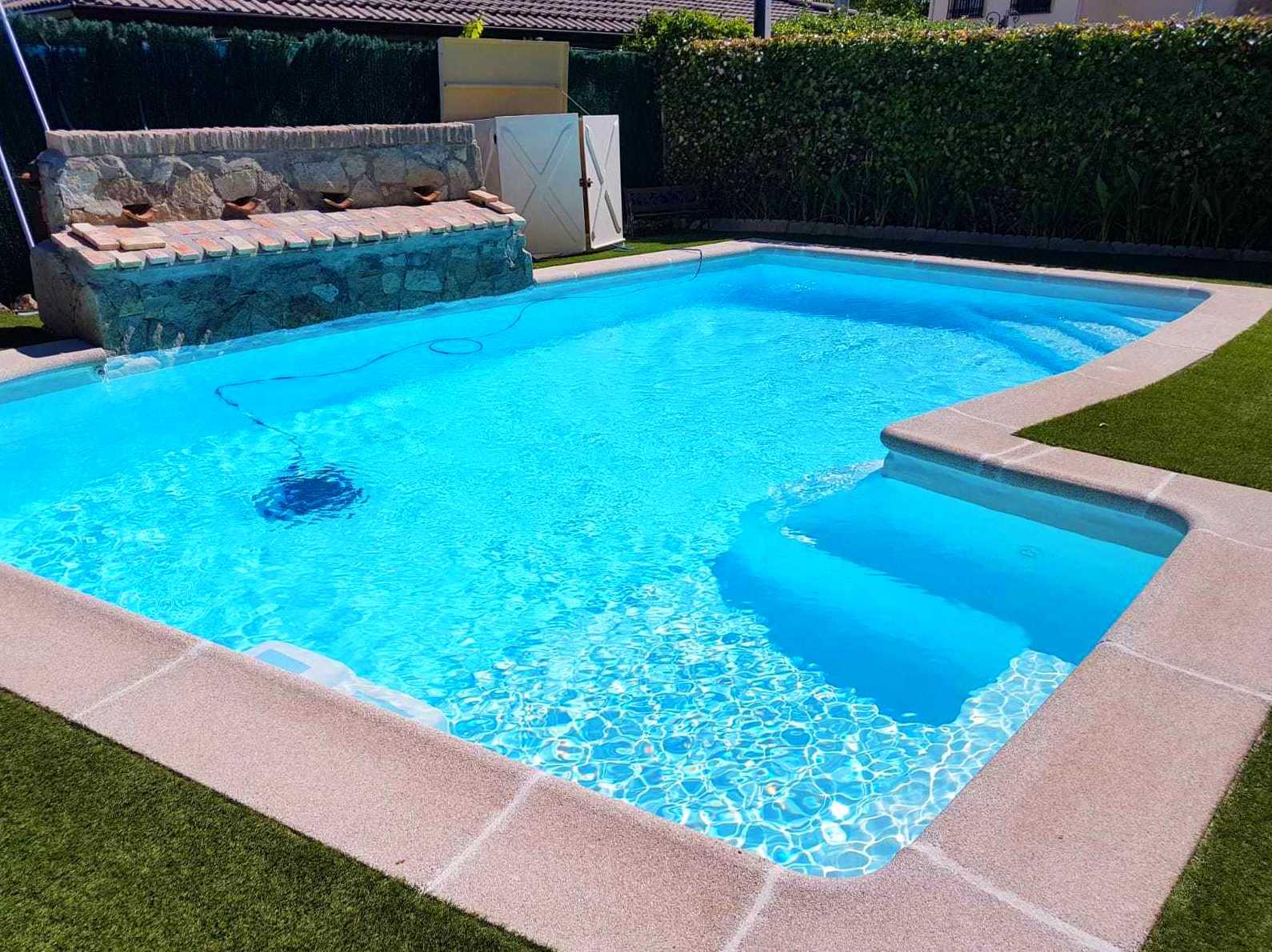 Foto 1 de Instalación de piscinas en Leganés | Lallana Pol