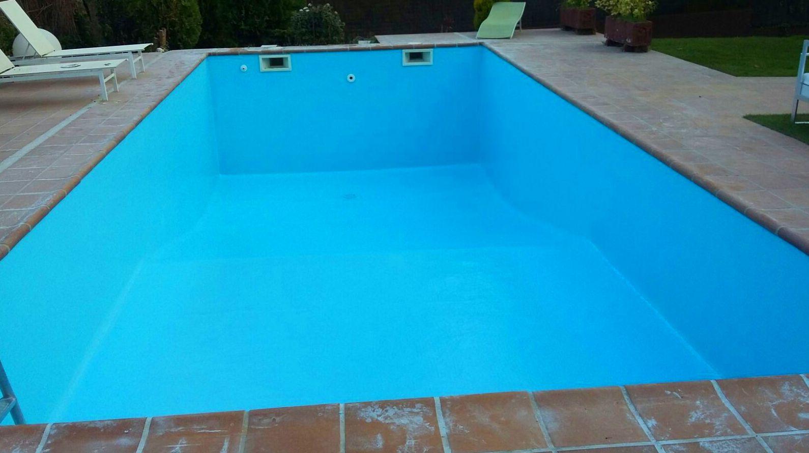 Revestimiento completo de piscina en Majadahonda