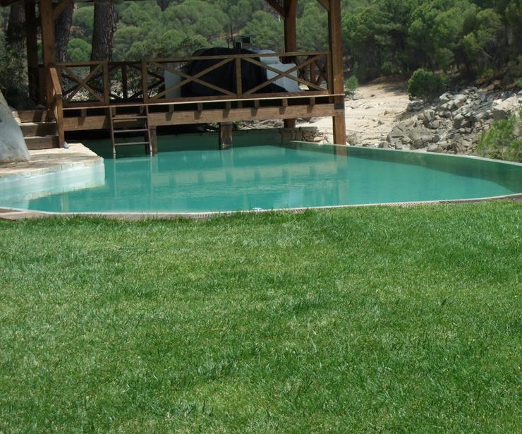 Rehabilitación de piscina en poliester - Pelayos de la Presa (Pantano de San Juan)
