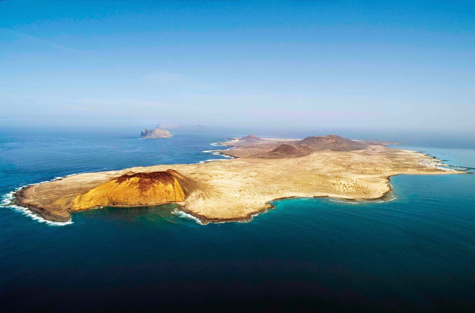 Come to know the eighth Canary Island