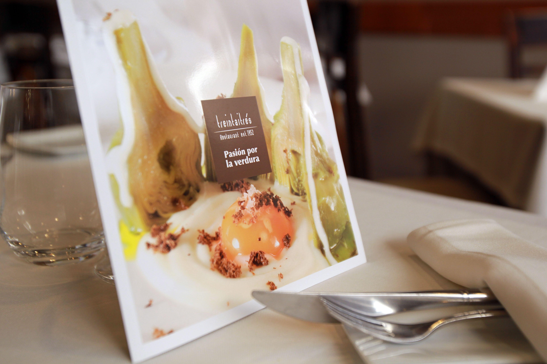 Carta con platos de cocina creativa