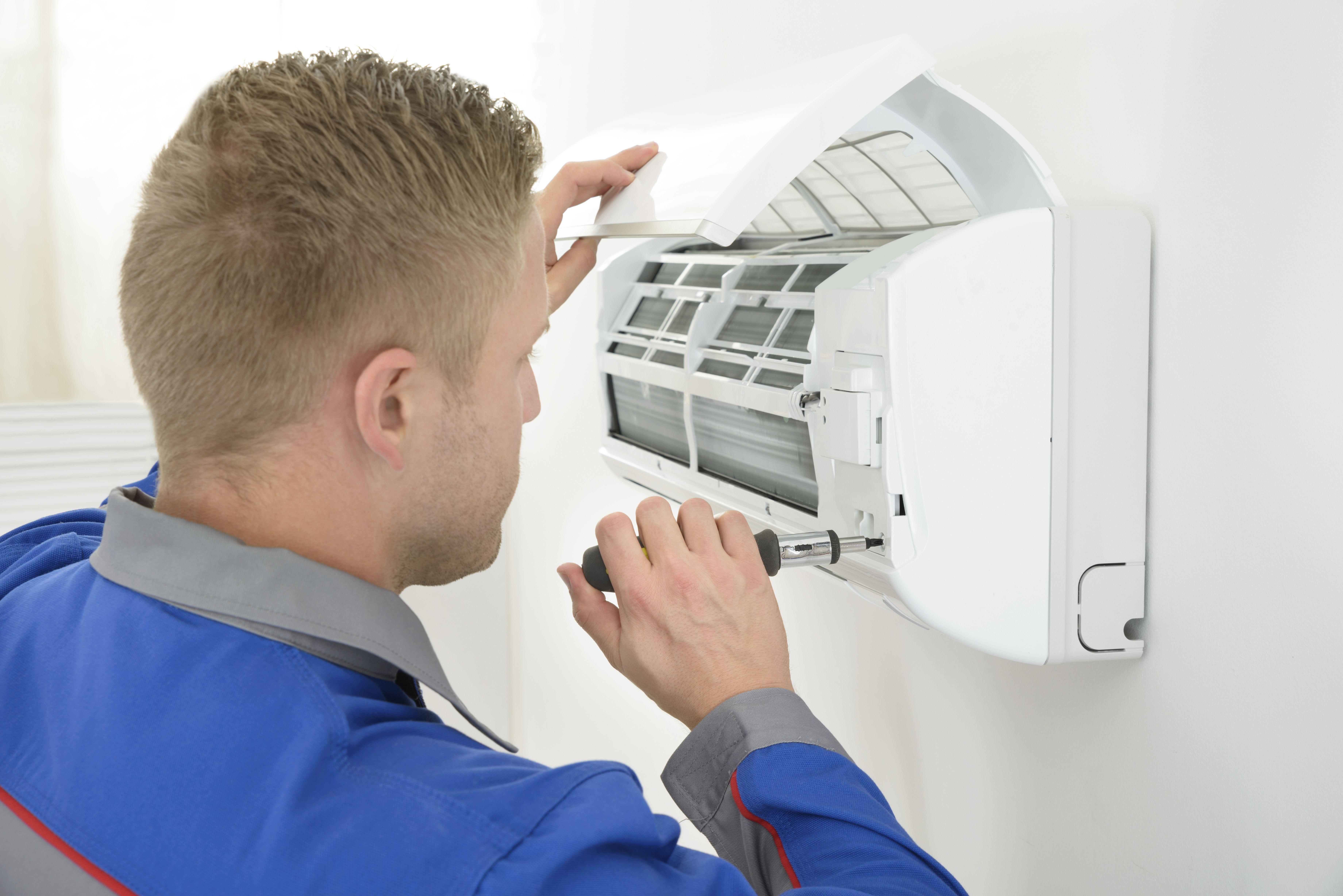 Reparaciones de equipos de frío y calor: Servicios de Refrigeración Domínguez
