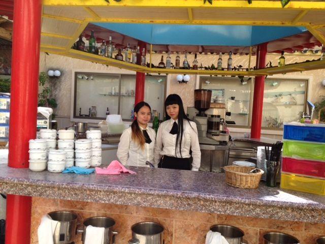 Restaurante asiático con gran variedad de comida china, tailandesa...