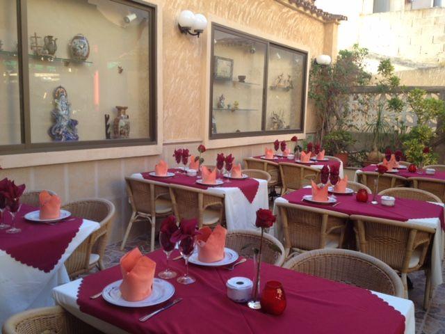 Restaurante con cocina mediterránea. Comida a domicilio