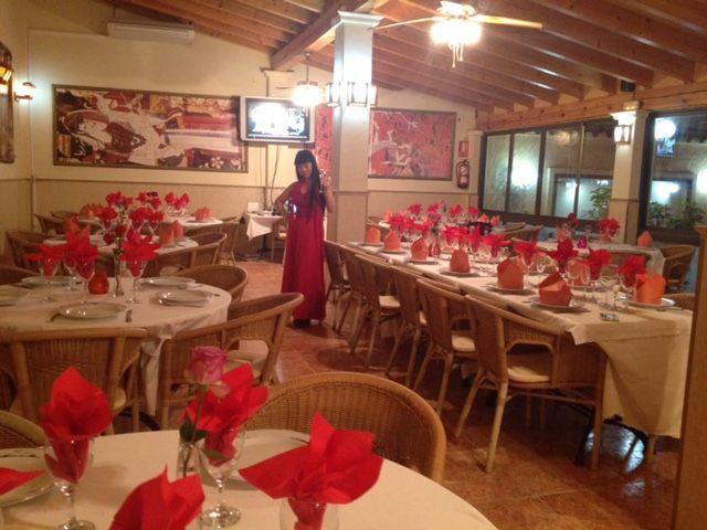 Restaurante asiático con gran variedad de platos