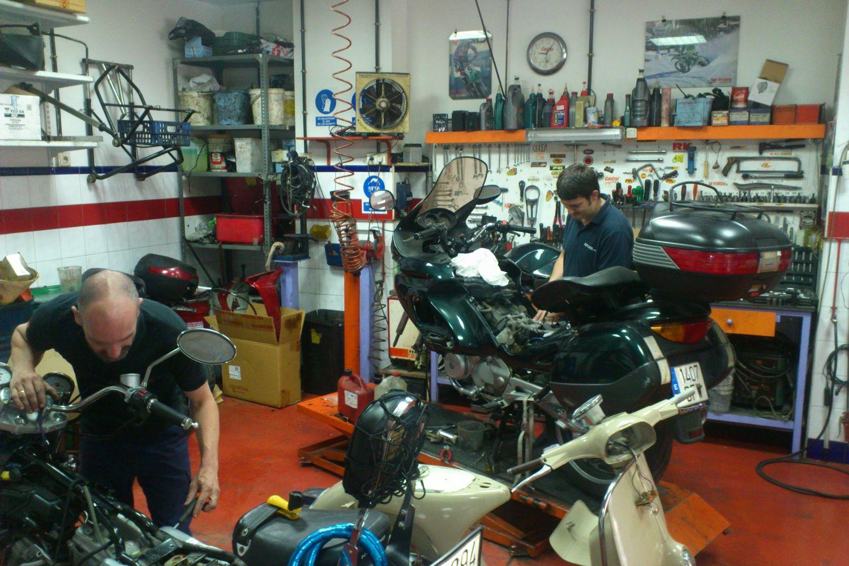 Servicio técnico de motos en Sevilla