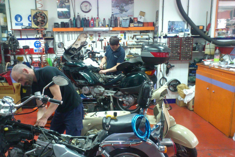 Taller de reparación de motos en Sevilla