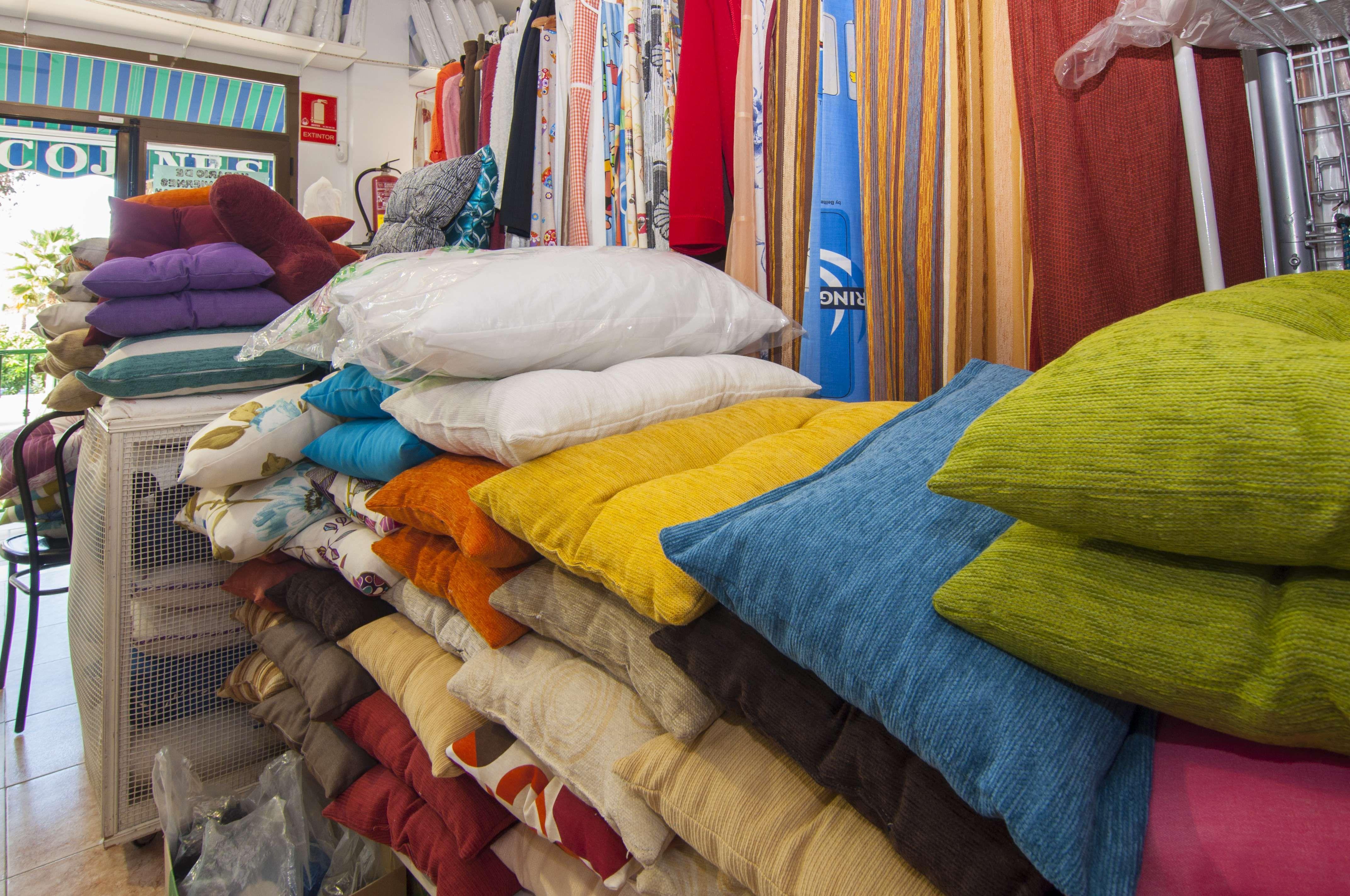 Tienda de tejidos y cojines en Málaga
