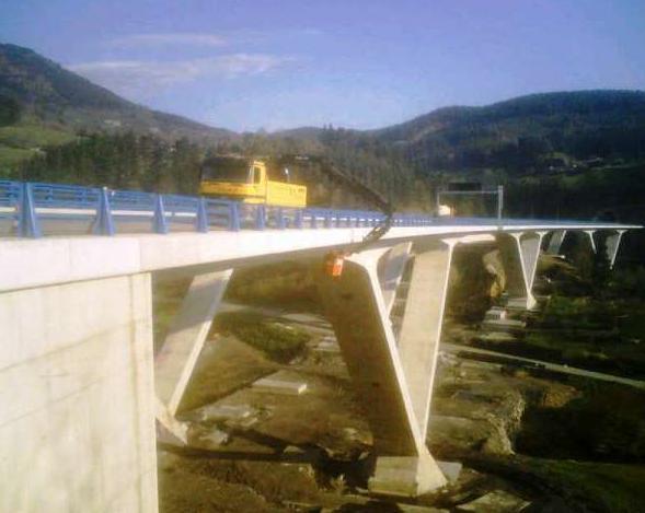 Trabajos en viaducto