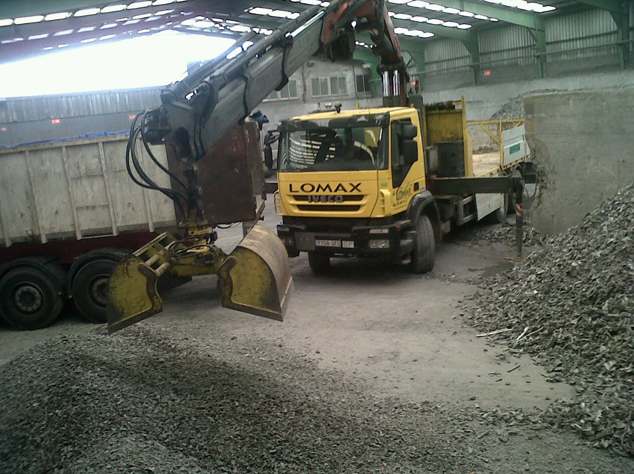 Carga de camiones con Bivalva