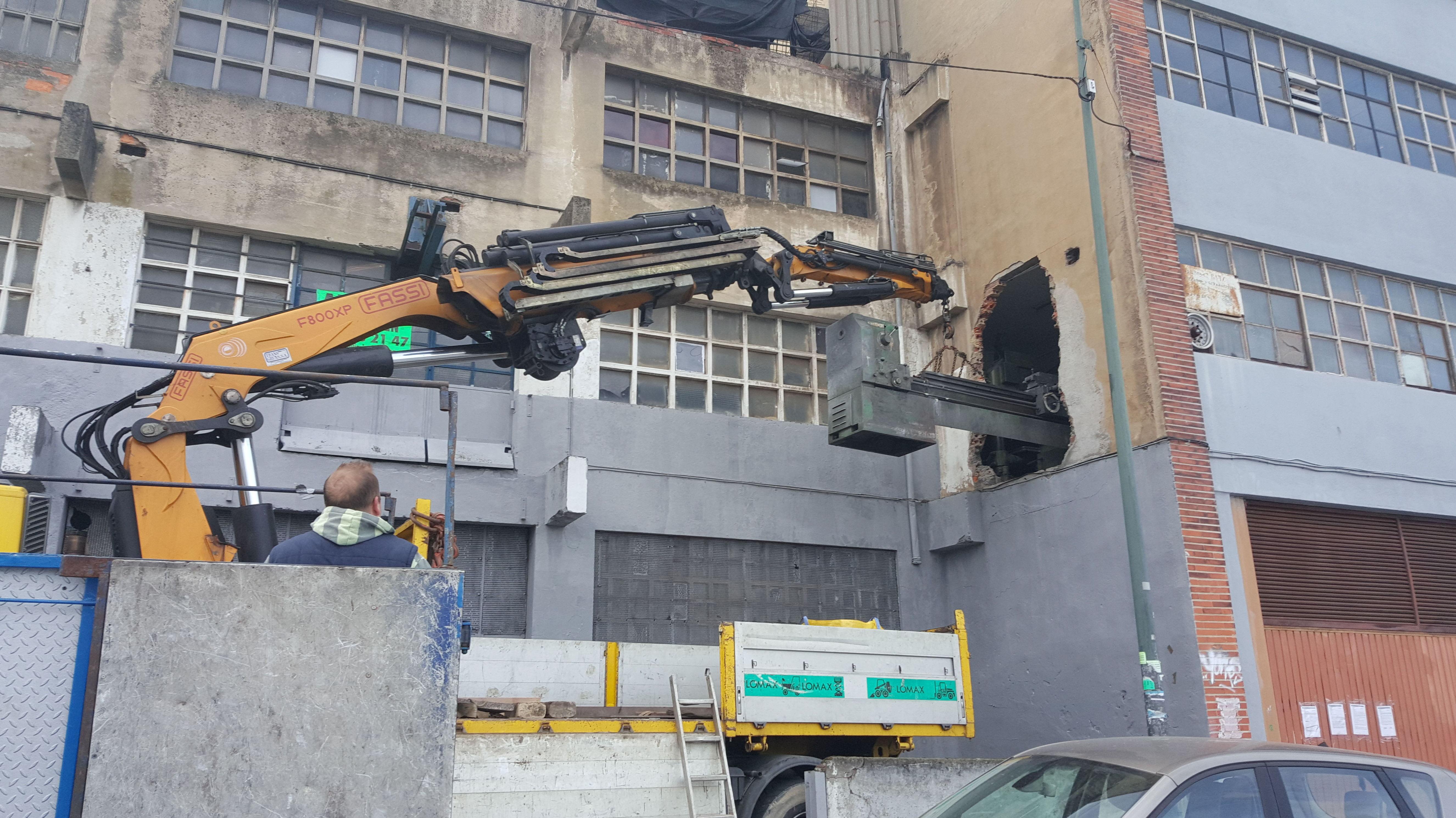 Traslado de maquinaria en Bilbao