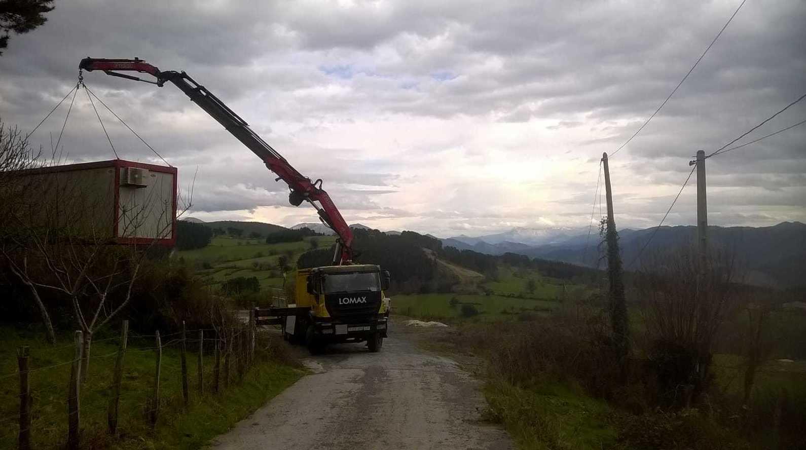 Descarga de caseta de obra en larrauri