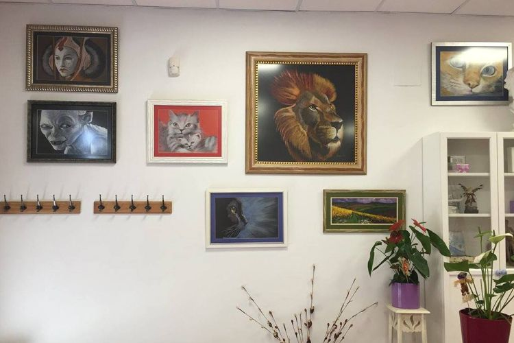 Interior de academia de dibujo y pintura en San Fernando de Henares