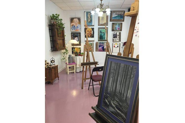 Escuela de dibujo y pintura en San Fernando de Henares