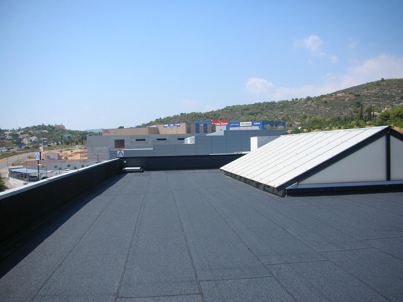 Profesionales con experiencia para la impermeabilización de tejados