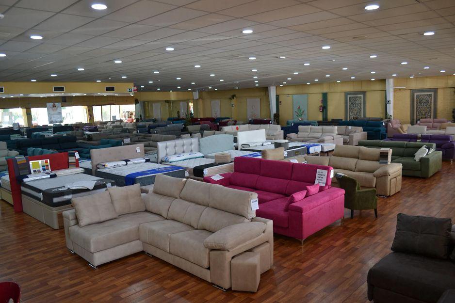 Exposicide sofás y tresillos en Los Barrios, Cádiz