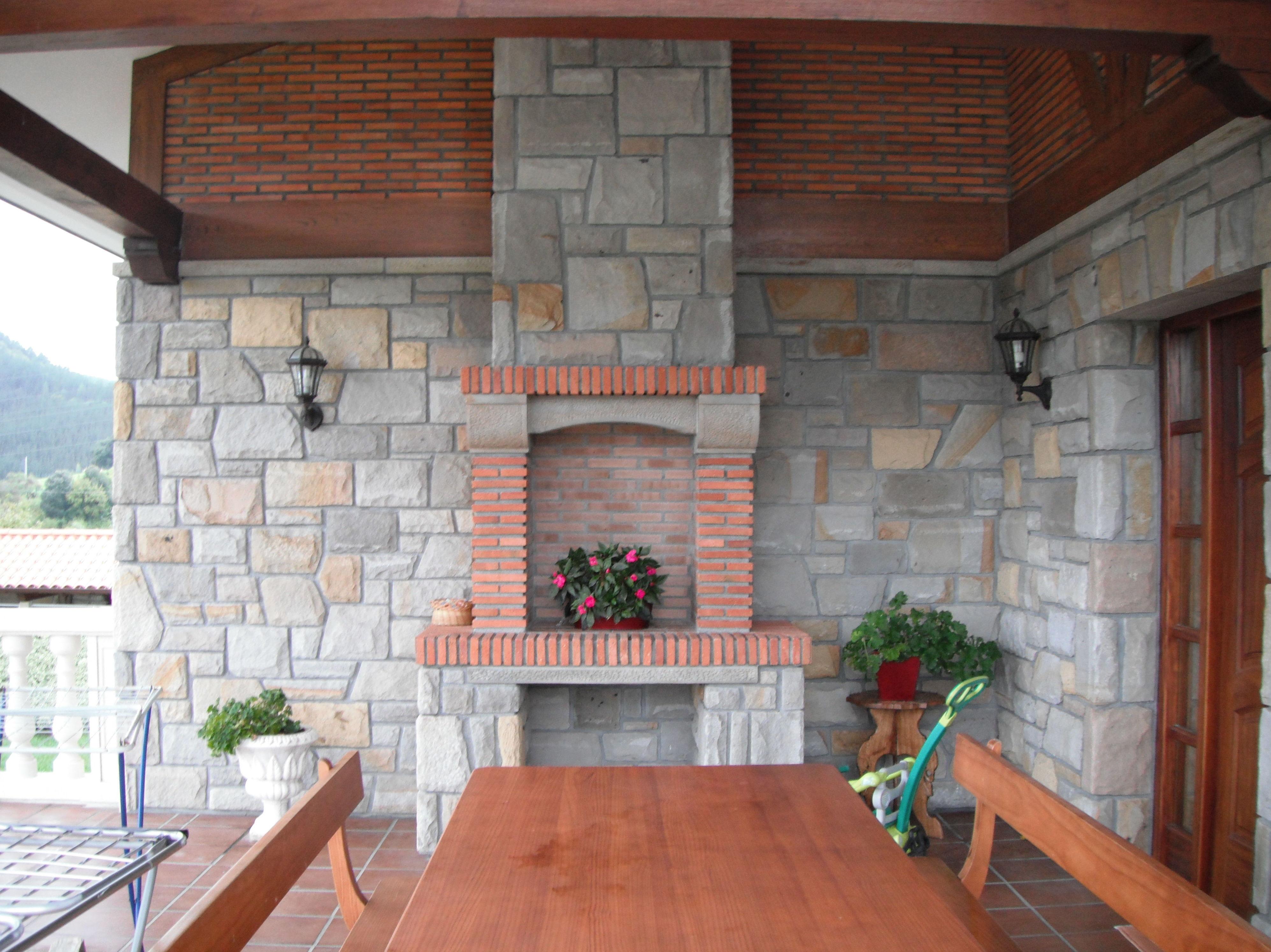 Foto 2 de piedra natural y artificial en construcciones - Fachadas de piedra fotos ...