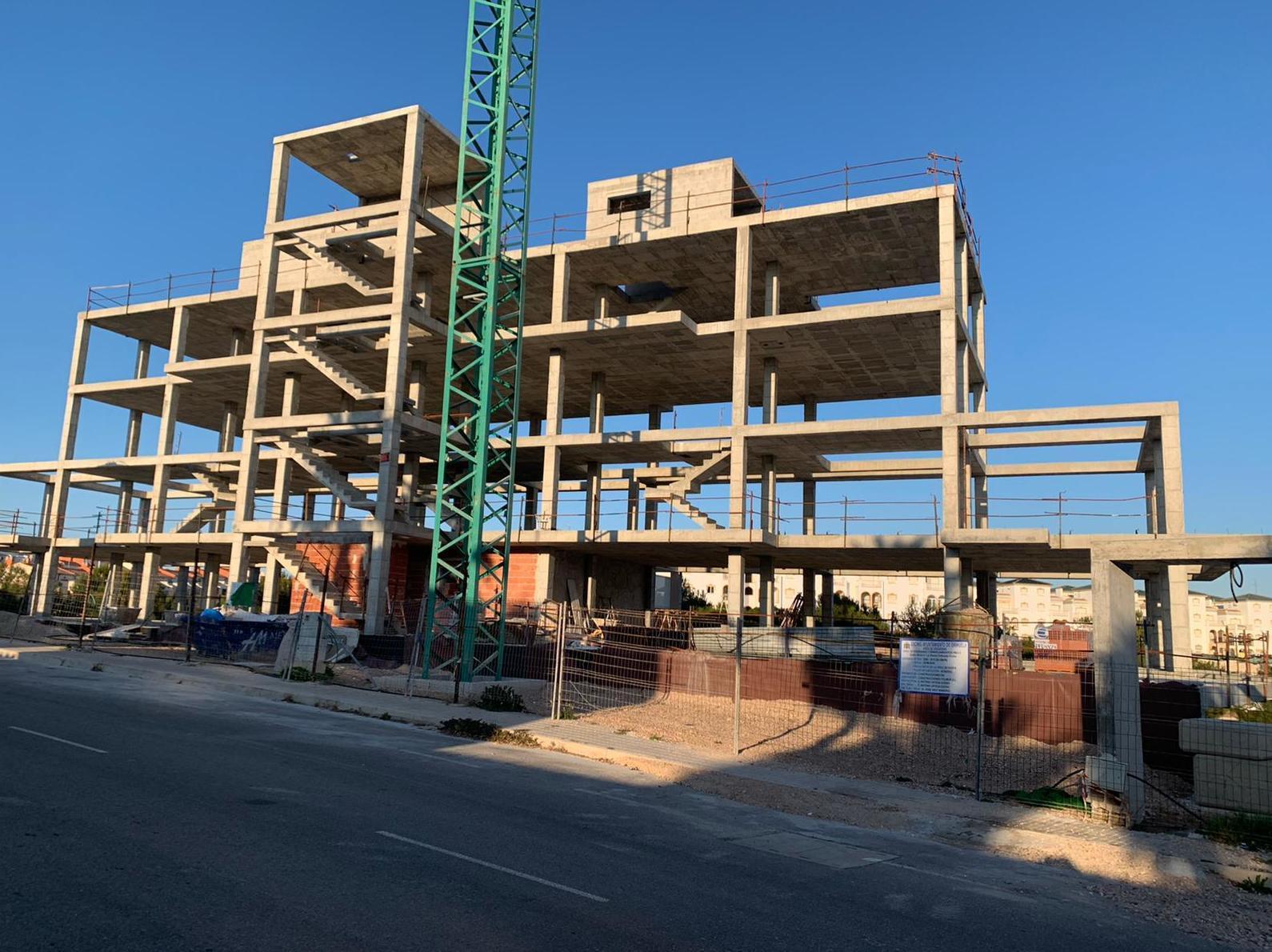 Estructura de hormigón La Zenia IV Fase. Orihuela. 12 viviendas y sótano.