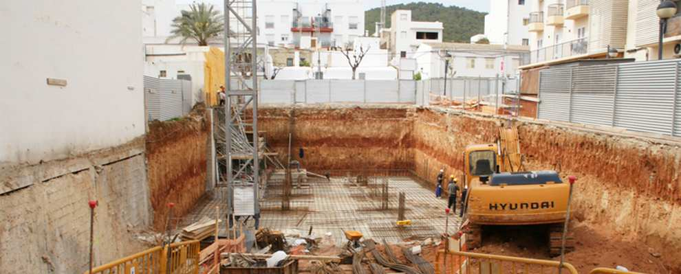 Foto 13 de Empresas de construcción en Santa Eulària des Riu | Camacho Servicios