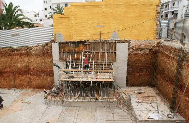Foto 2 de Empresas de construcción en Santa Eulària des Riu | Camacho Servicios