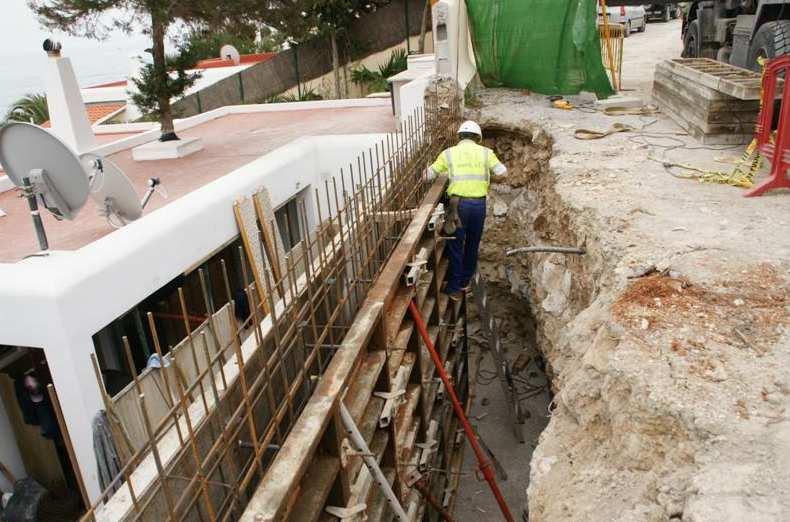 Foto 6 de Empresas de construcción en Santa Eulària des Riu | Camacho Servicios