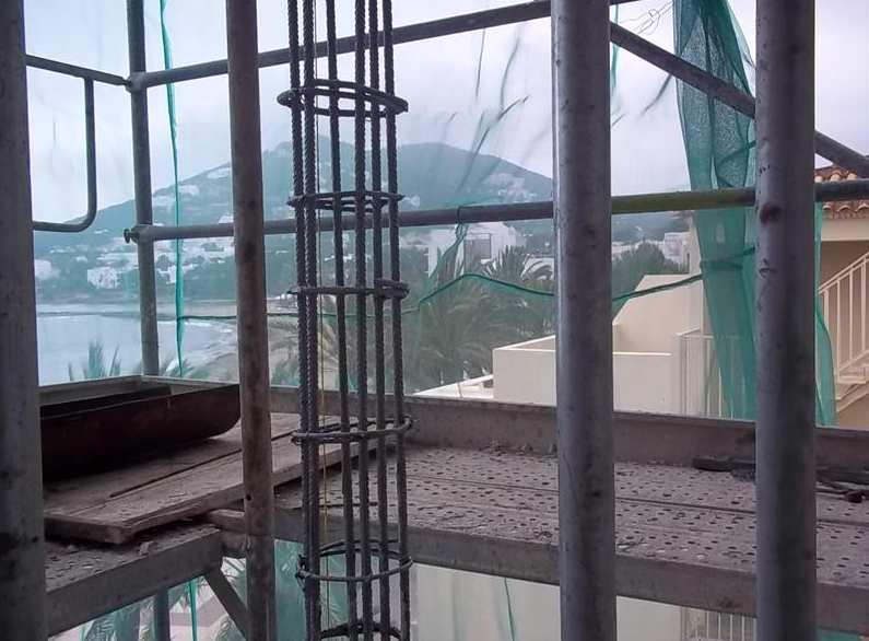 Foto 20 de Empresas de construcción en Santa Eulària des Riu | Camacho Servicios