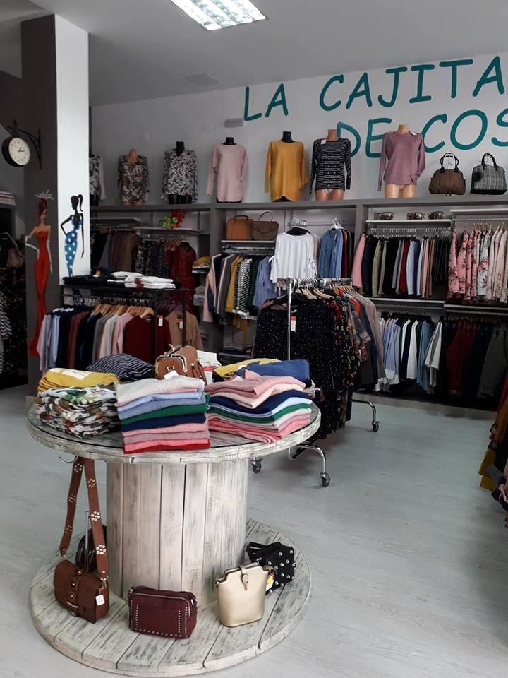 Foto 24 de Mercerías en Orense | La Cajita De Costura