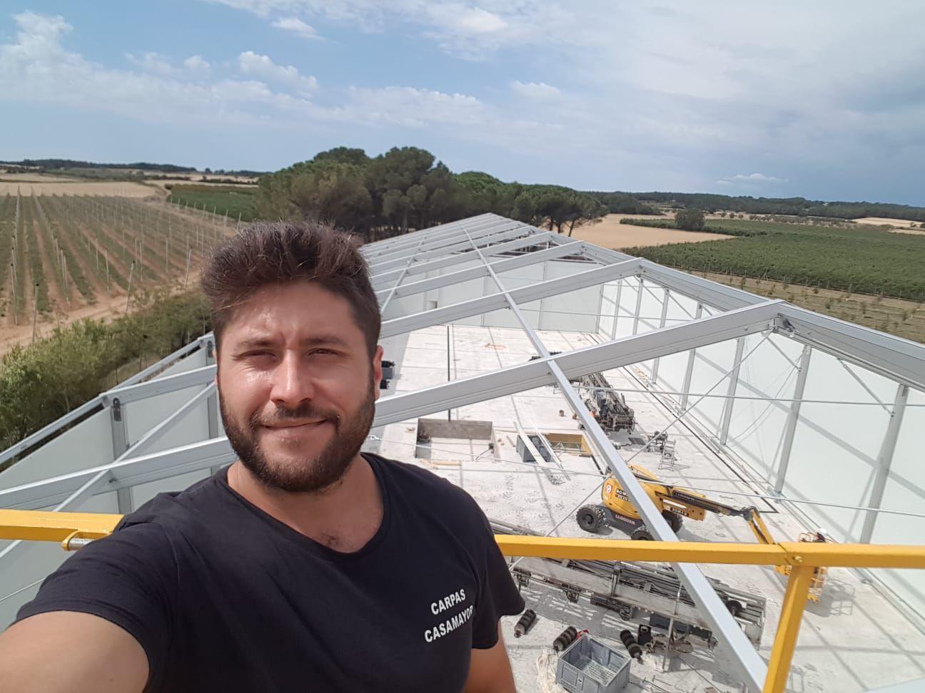 Montaje de carpas en Girona