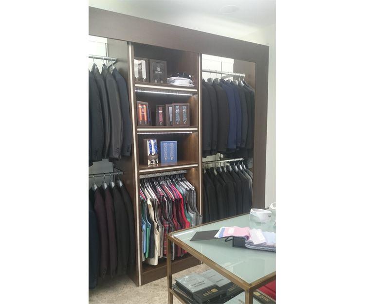 Fabricantes de muebles para tienda de moda masculina