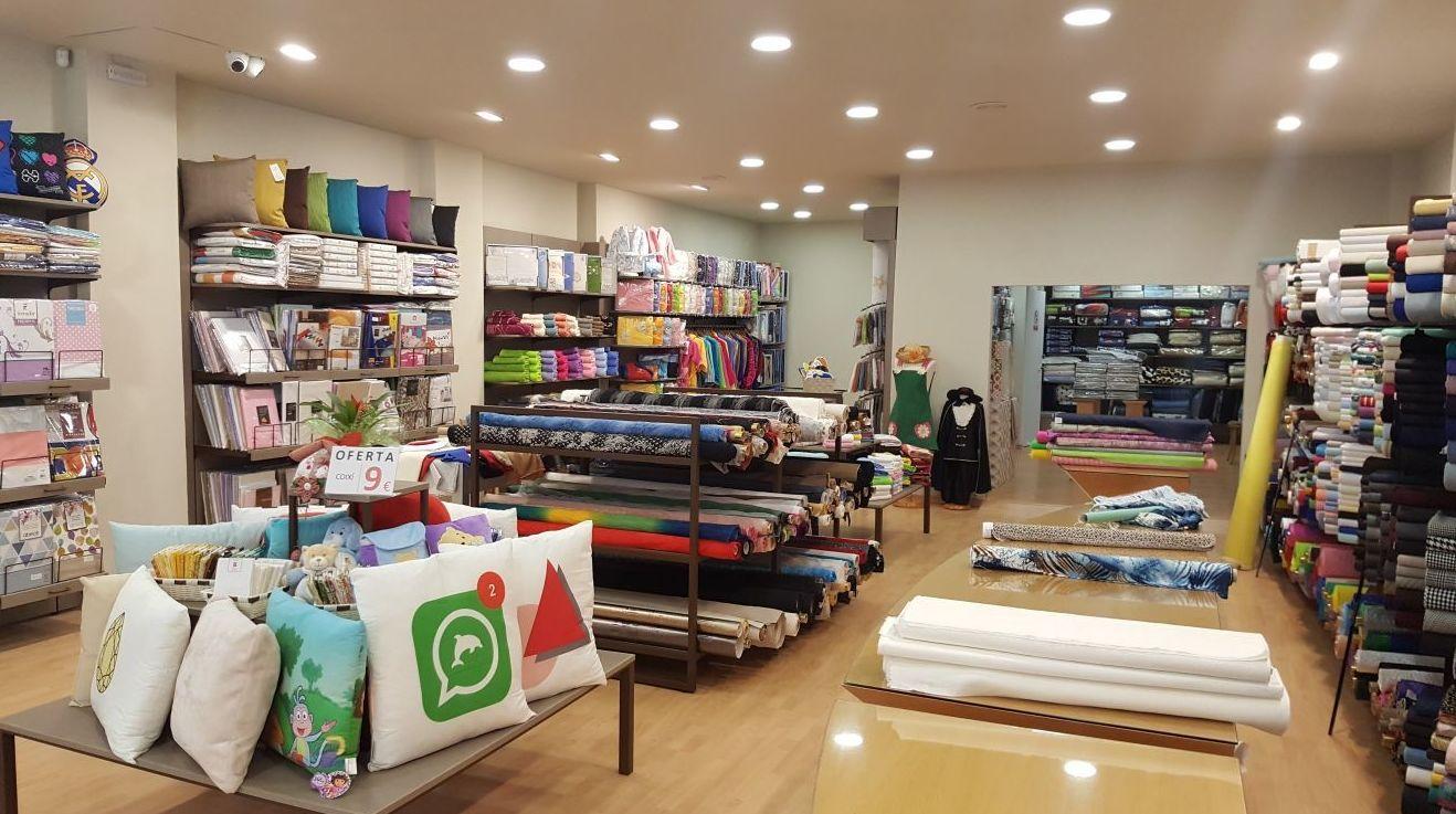 Foto 67 de Equipamiento para locales comerciales en  | Pardo Mobiliario De Comercio