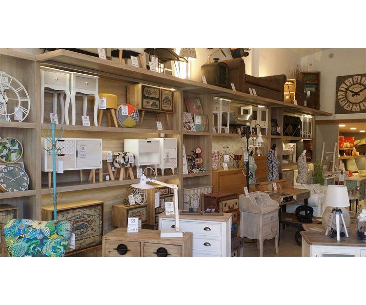 Mobiliario para tiendas de muebles