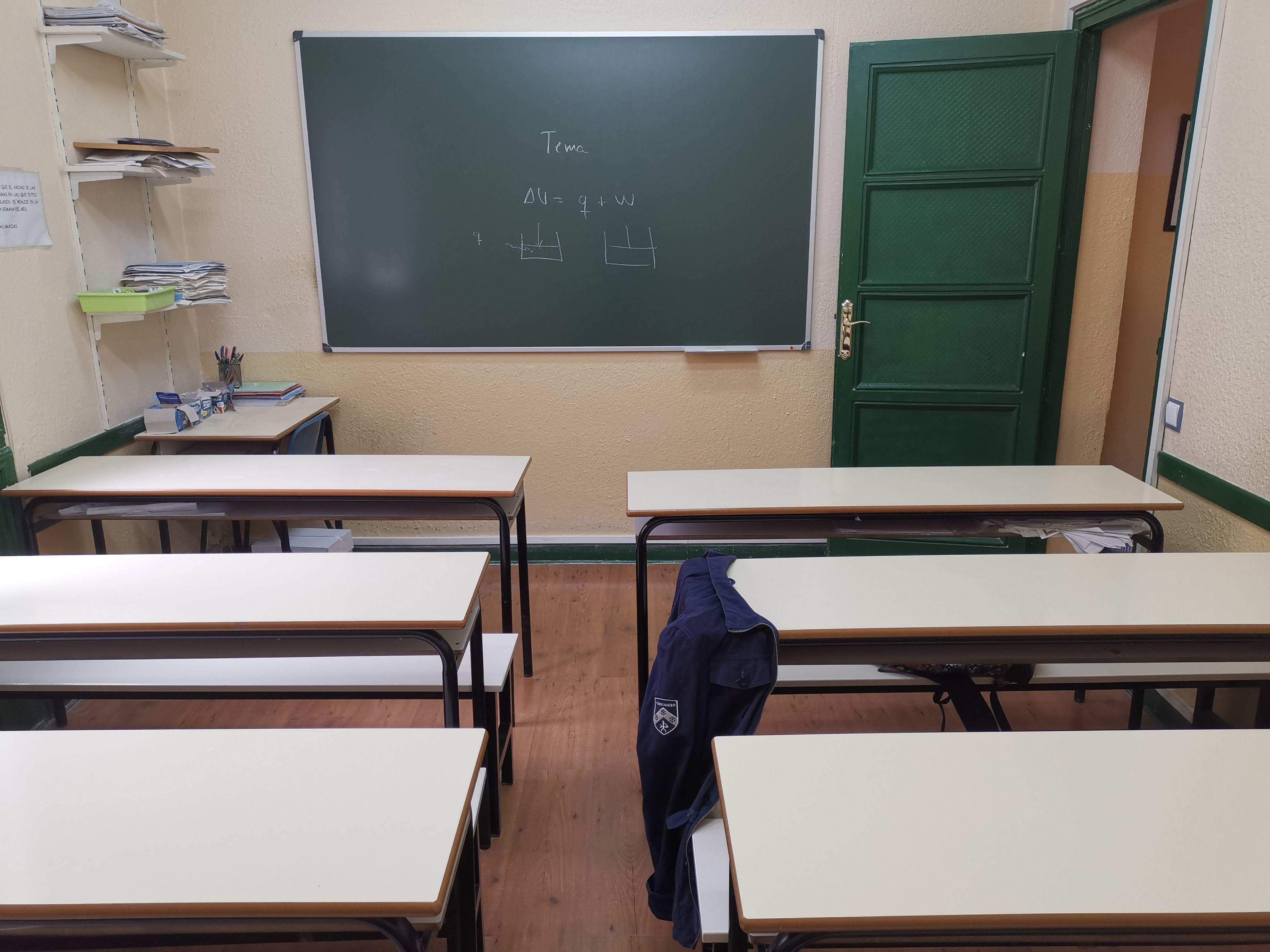 Clases de apoyo de física en Moncloa, Madrid
