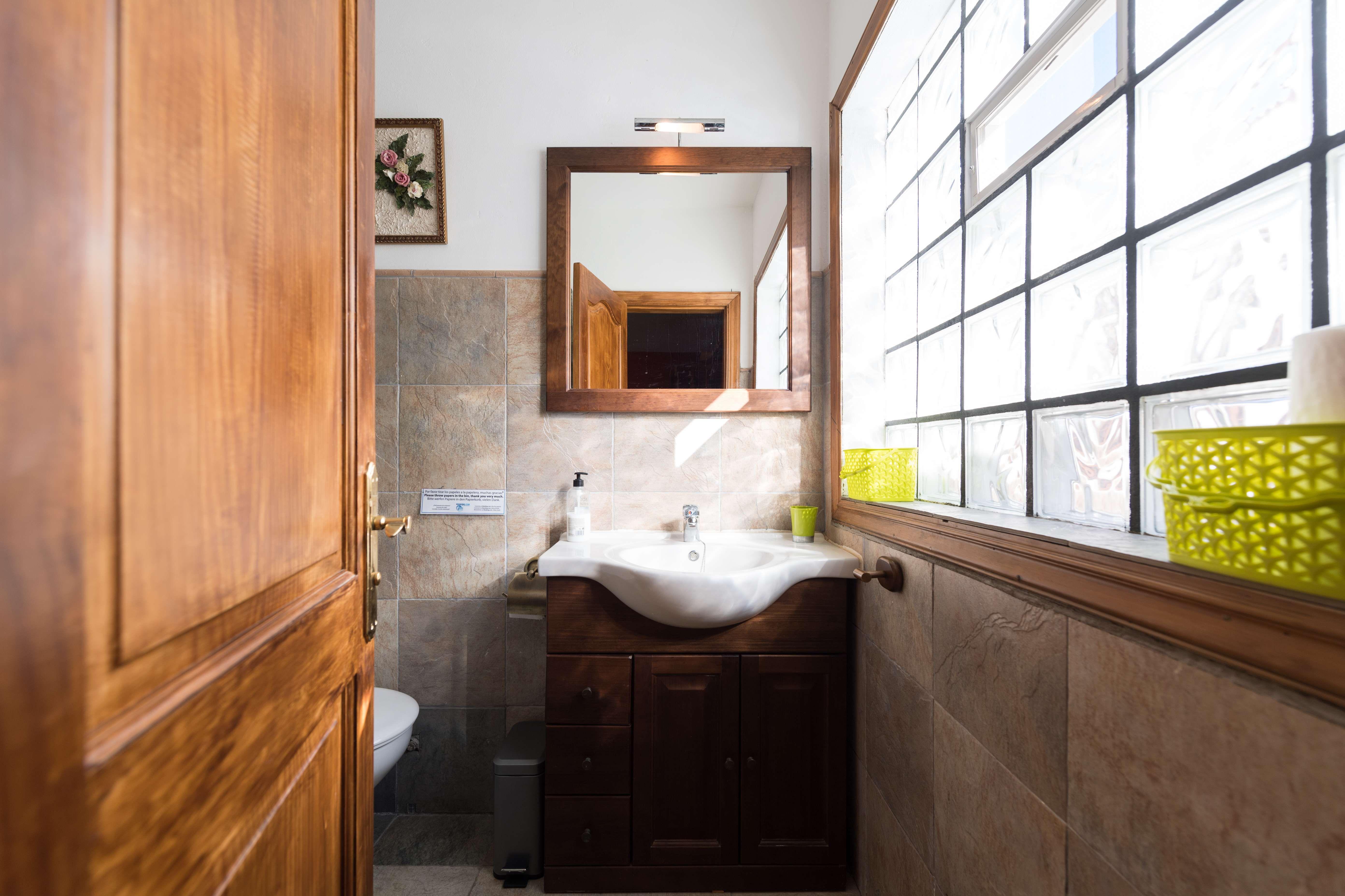 Interior del baño. Casa ELisa en Fataga