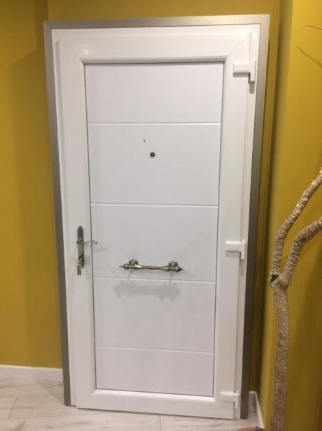 fabricantes de puertas en Santander