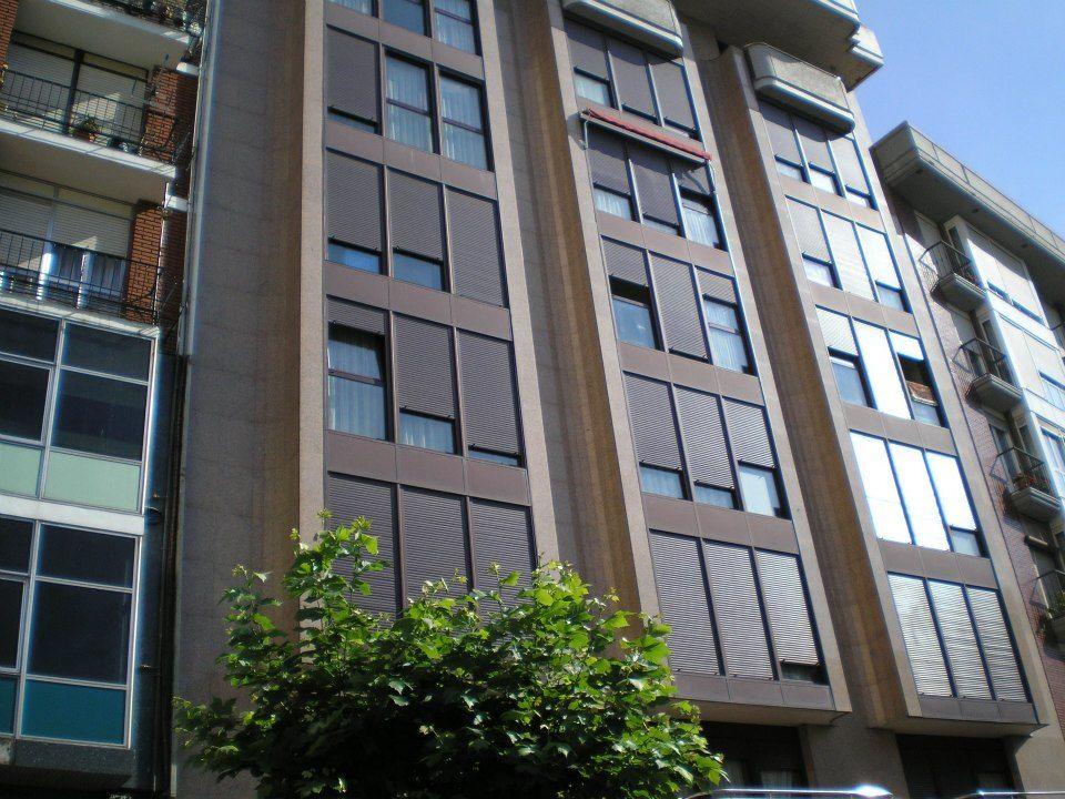 fachada estilo muro cortina