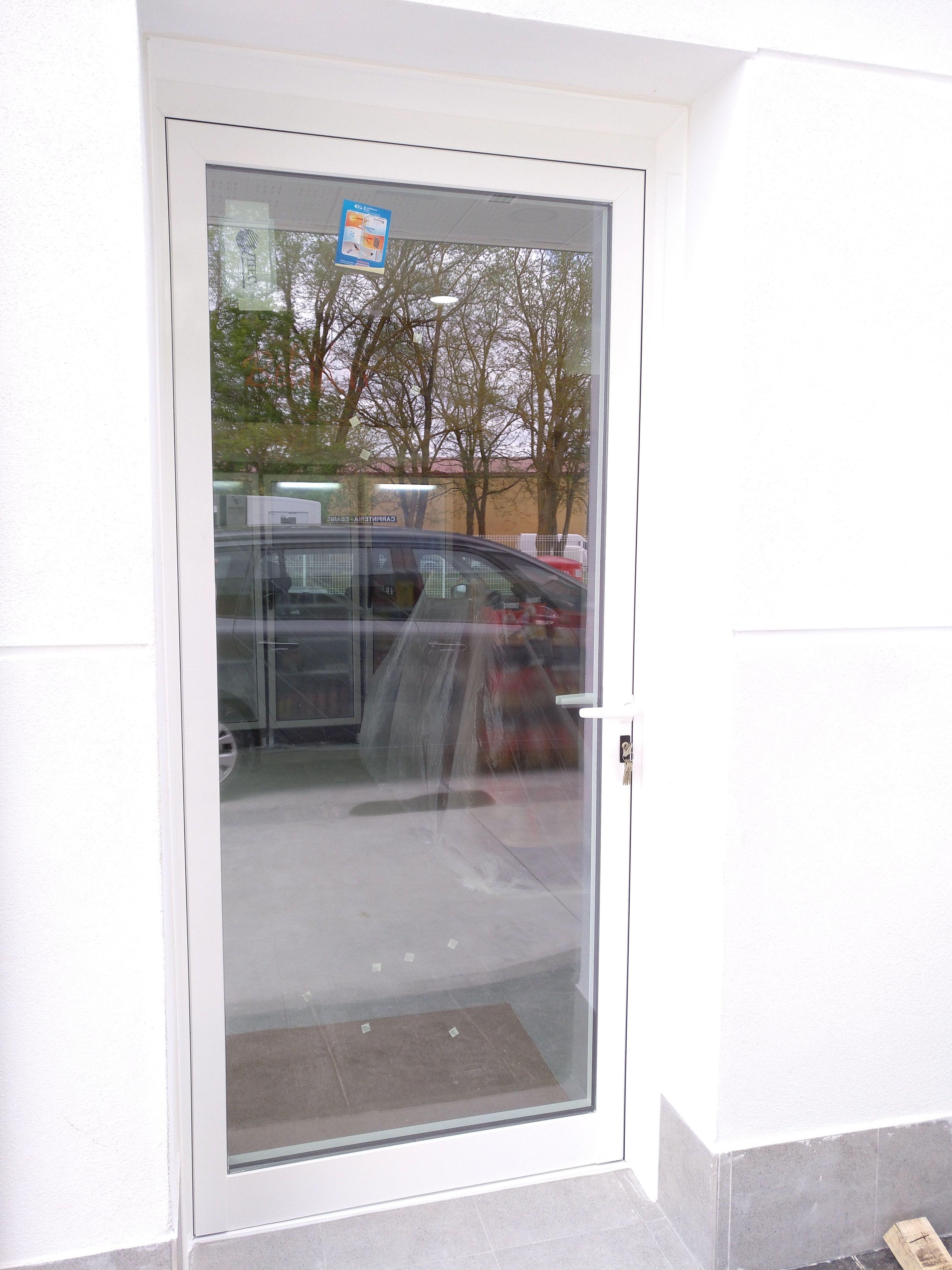 Foto 6 de Carpintería de aluminio, metálica y PVC en Vitoria-Gasteiz | Zurgal Aluminios, S.L.