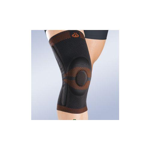 Rodillera cerrada con estabilizadores laterales: Productos y servicios   de Ortopedia