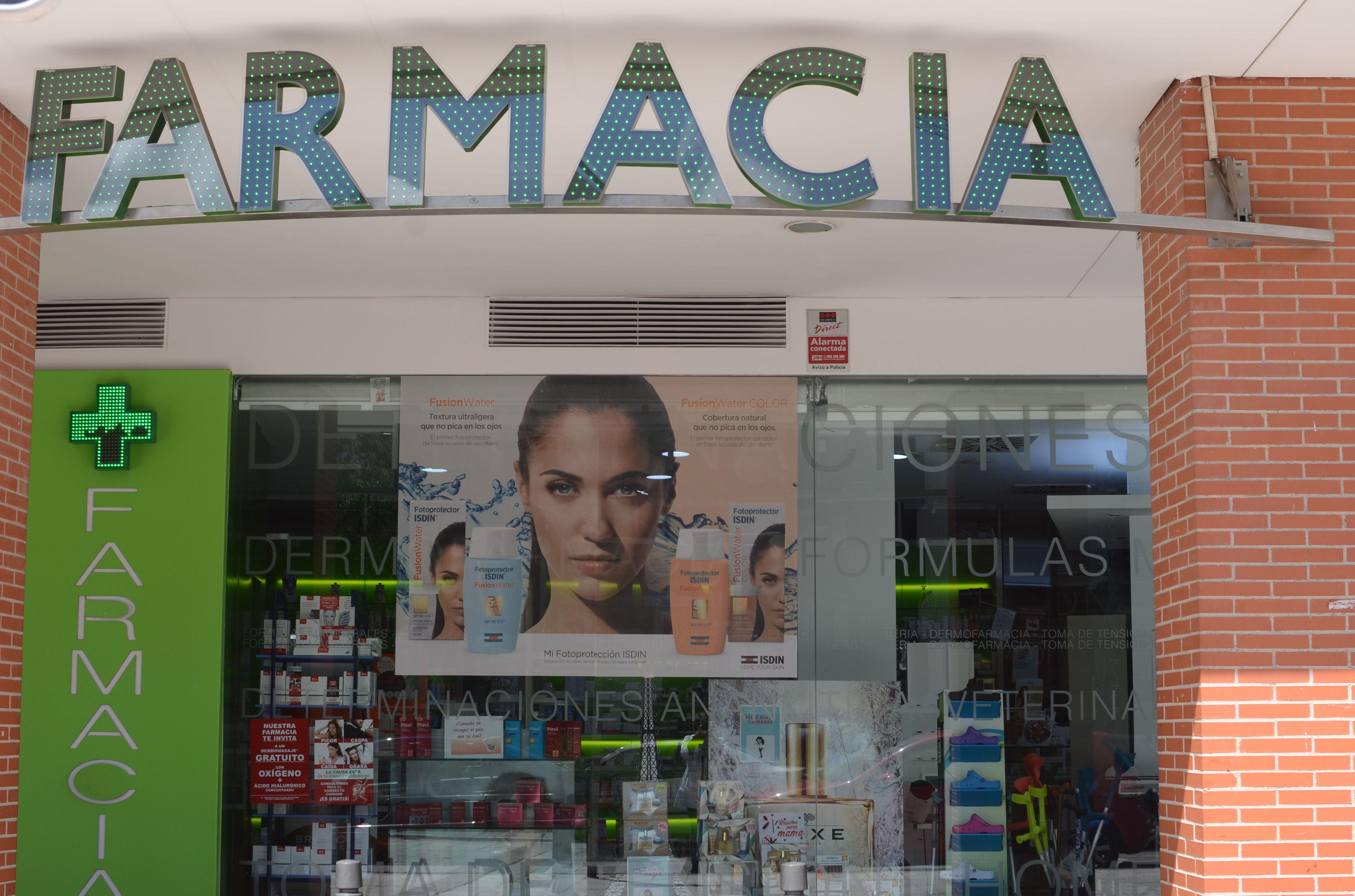 Foto 2 de Farmacias en Getafe | Farmacia Paseo de la Estación