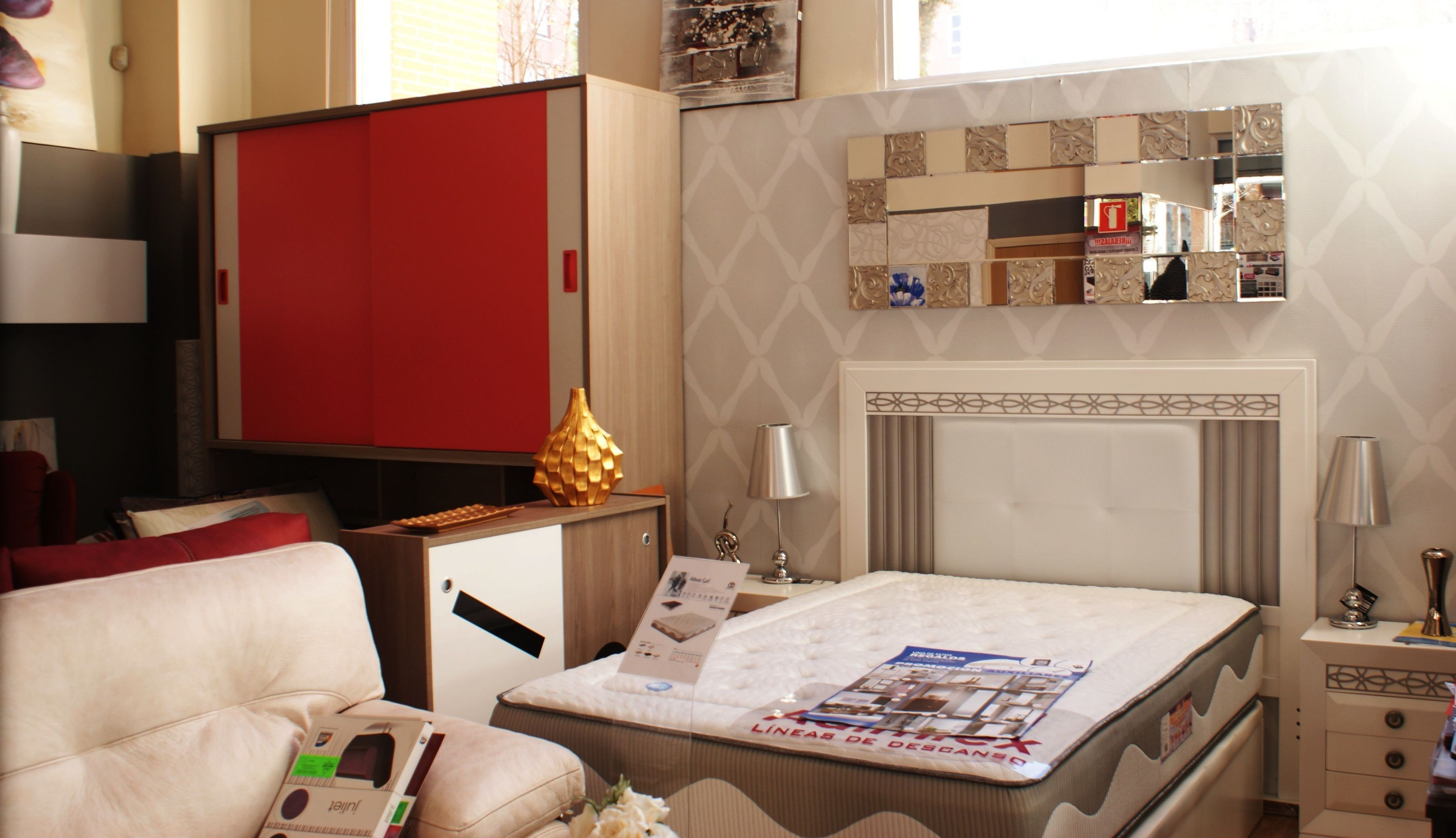 Muebles dormitorio baratos madrid muebles oligom - Muebles antiguos madrid ...