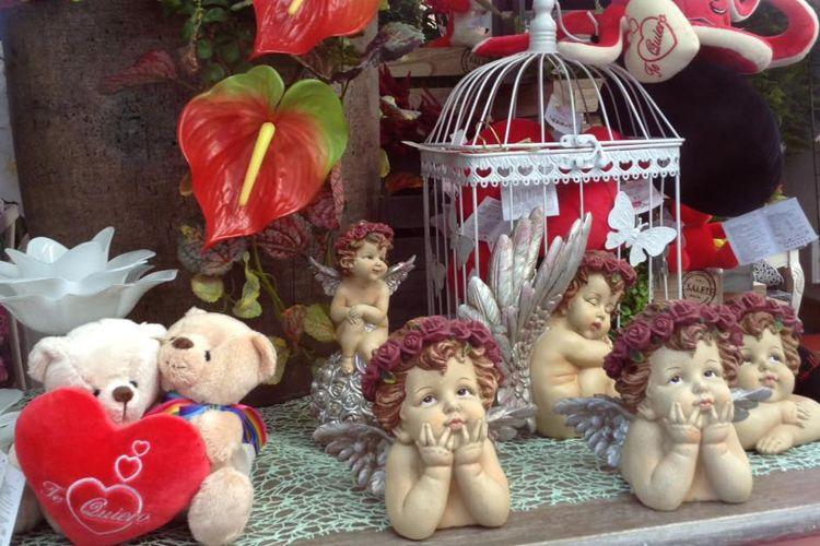 Flores y artículos de decoración