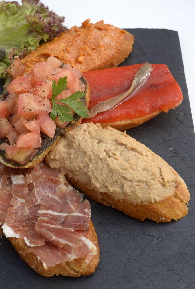 Tapas : Nuestros platos  de Tasca Catalina