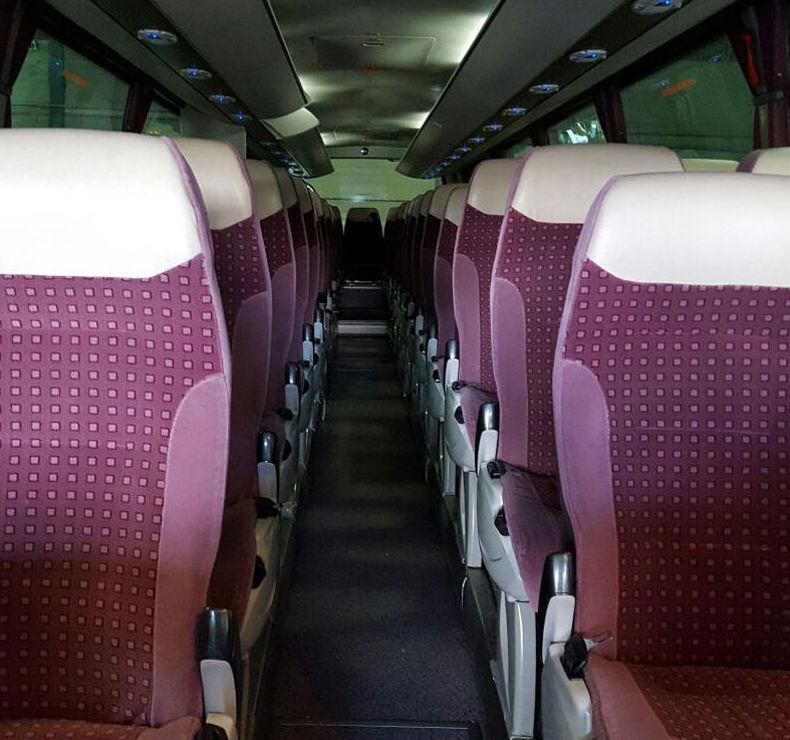 Autobuses totalmente equipados