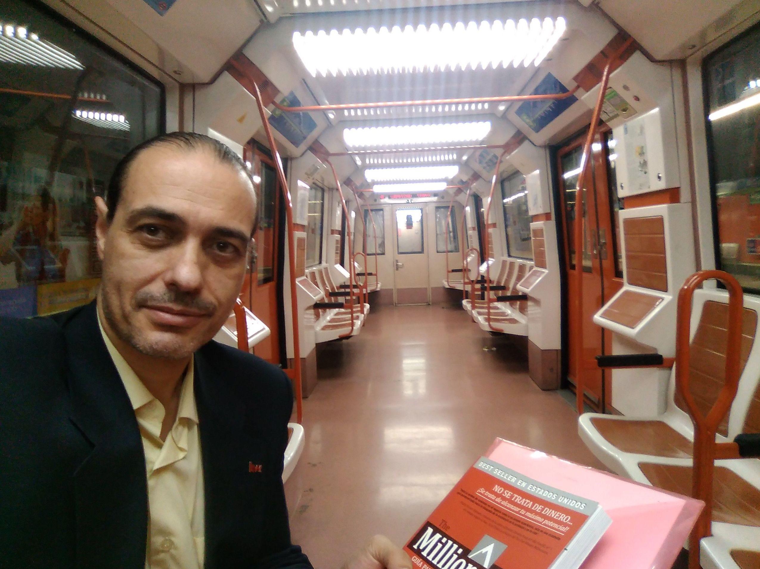 El metro de Madrid en sábado por la mañana