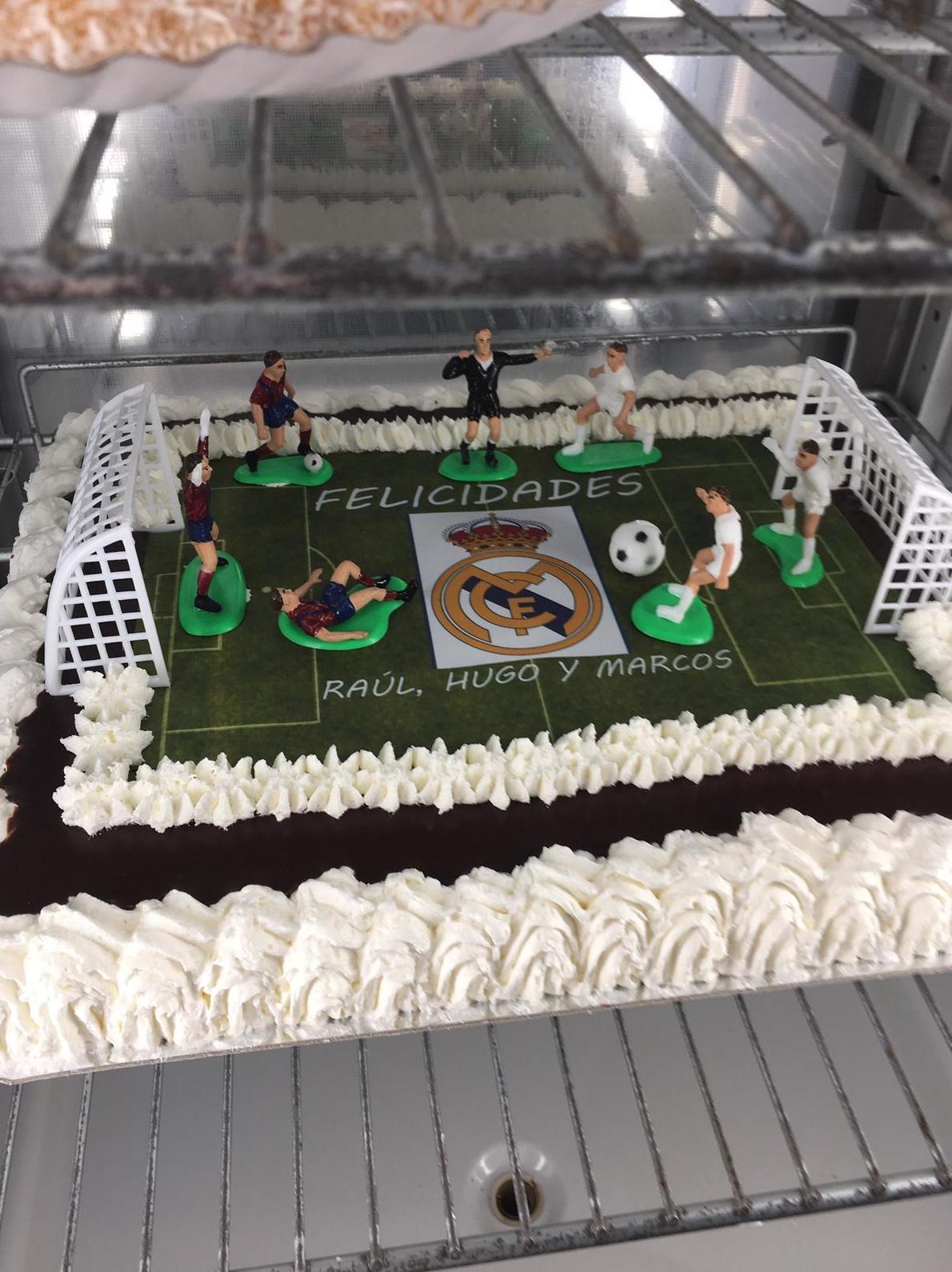 Tartas de cumpleaños  diseñadas al gusto