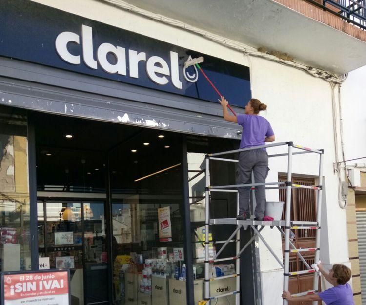 Trabajos de limpieza de edificios en Cádiz